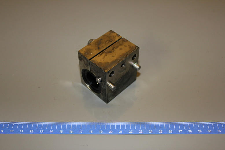 BEARING BLOCK SPINDLE DRIVE